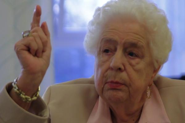 EINE WEIHNACHTSGESCHICHTE ist ein Kurzfilm der zusammen mit Kinder und Senioren gedreht wurde.