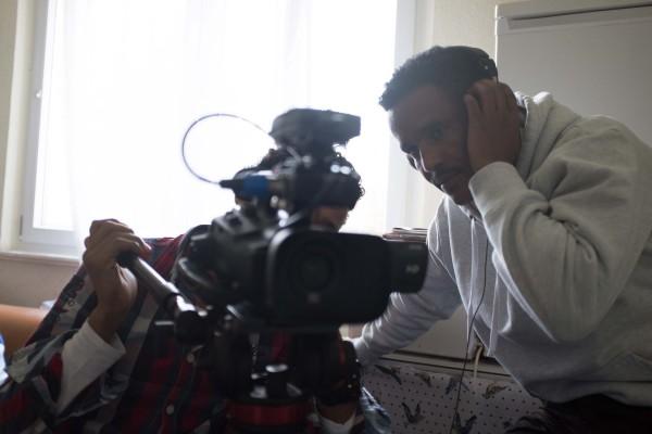 """Das Projekt """"Zuflucht"""" war ein Theater- und Filmprojekt indem nach Deutschland geflüchtete Jugendliche die Möglichkeit hatten sich kreativ in Form eines Kurzfilms oder eines Theaterstück aus zu drücken."""